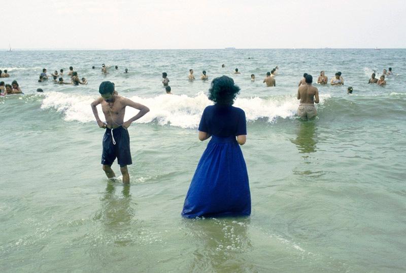10-9-womanwalksinwater-2-2880